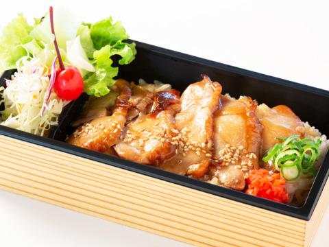 【日替わり】日替わり丼&ミニサラダ